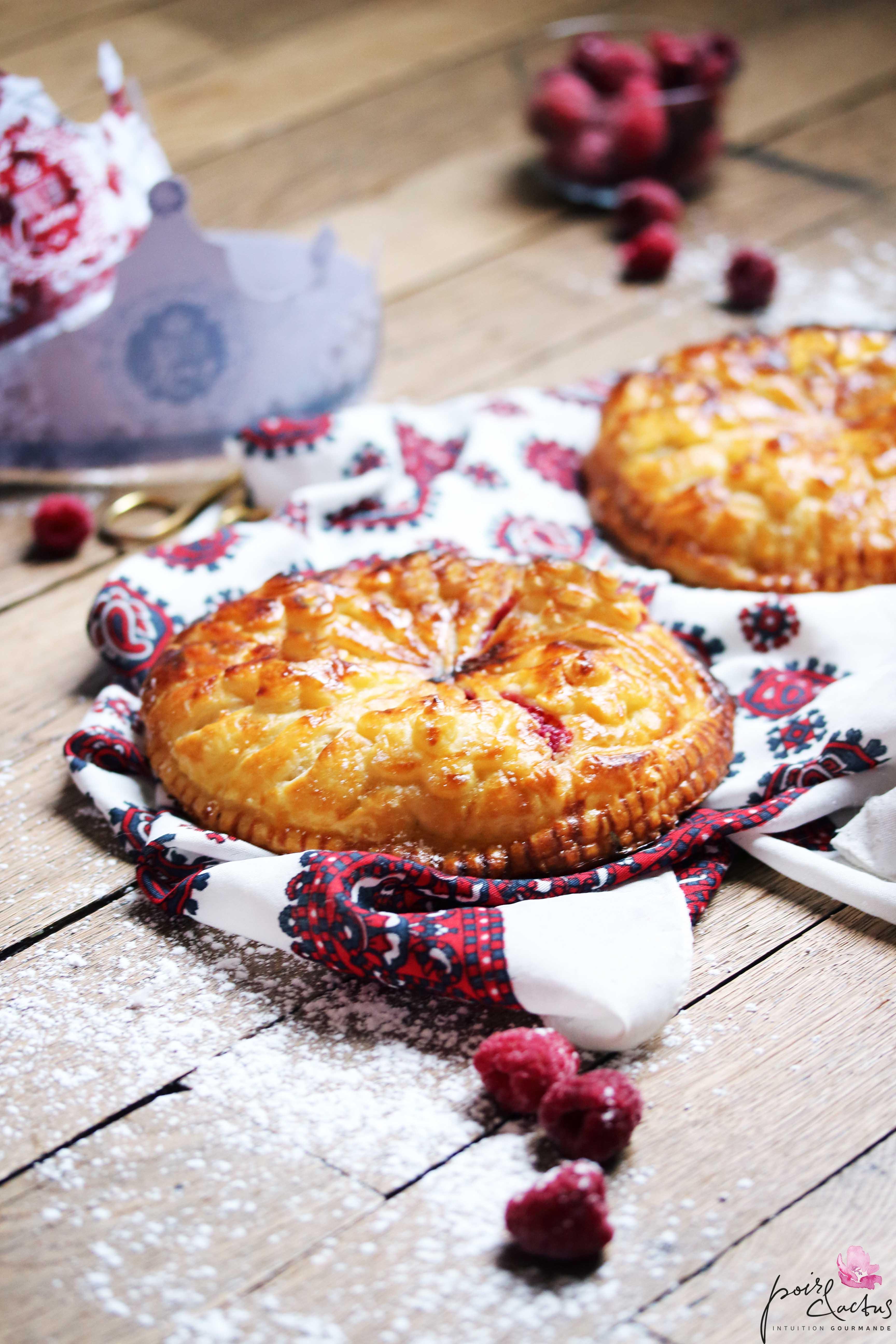 recette_galettedesrois_frangipane_framboise_chocolatblanc_poiretcactus1